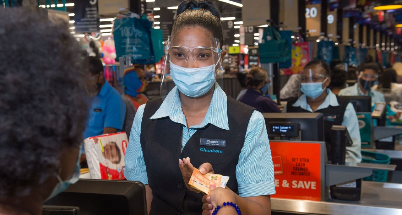 All Shoprite, Checkers & Usave stores now accept cash deposits for major SA banks